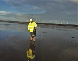 Redcar Beach Clean-up
