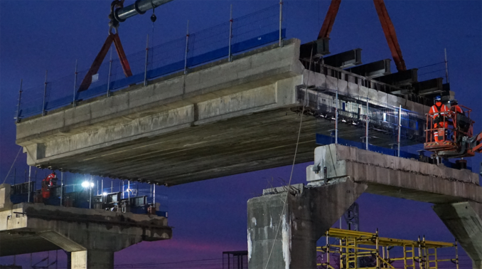 UK's largest mobile crane used for Bletchley Flyover upgrade